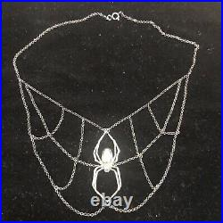 Arcana Obscura Orb Weaver Spider Web Necklace Silver