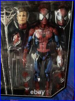 MAFEX No. 108 Spiderman SPIDER-MAN COMIC PAINT Medicom US SELLER 100% Authentic