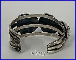 Navajo bracelet, Sterling Silver Large high grade Natural spiderweb turquoise