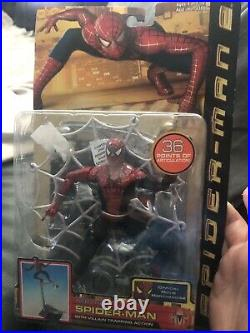 Spider-Man 2 Web Trap Spiderman- Super Poseable with Wall Mountable Display Base