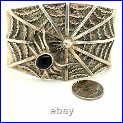 Vintage Sterling Silver And Onyx Cuff Bracelet Spider And Spiderweb Onlay 2.44 o
